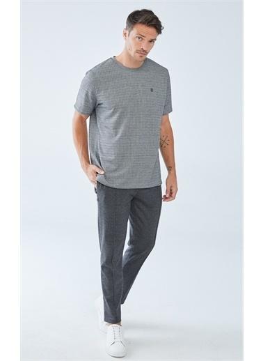 Boris Becker Kazayağı Desenli Erkek T-shirt Gri